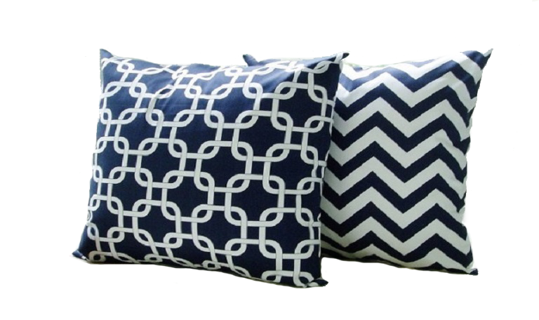 Cool-blue-decorative-sofa-pillows-612x424